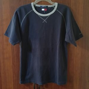 Tommy Hilfiger short raglan sleeve tee size medium